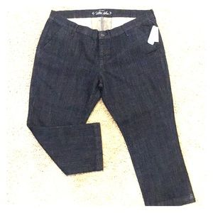 Old Navy Ultra Blue Jean Cropped pants